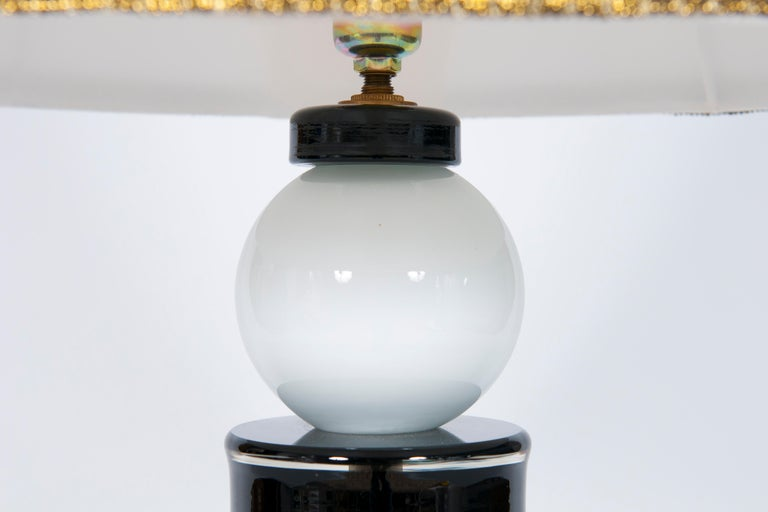 Blown Glass Contemporary Italian Table Lamp in Blown Murano Glass Black and White For Sale