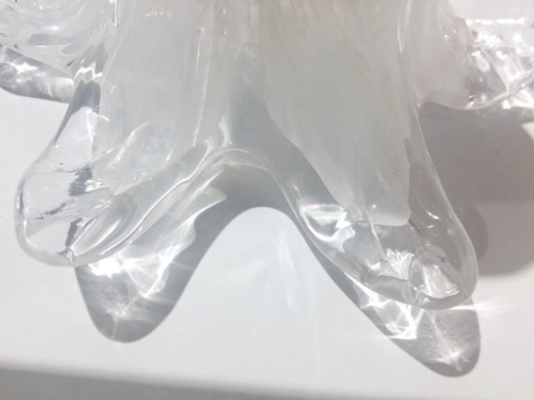 Contemporary Italian White Murano Glass and Brass Sputnik Bud Flower Chandelier For Sale 2