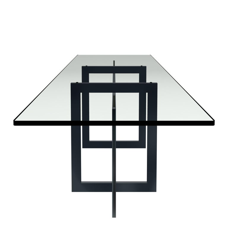 The high Jonathan table features a tubular metal 20 x 60 mm frame, epoxy coated in glossy black color. Variable colors for the frame upon request. The crystal top makes possible to see the whole frame in all its peculiarity like a