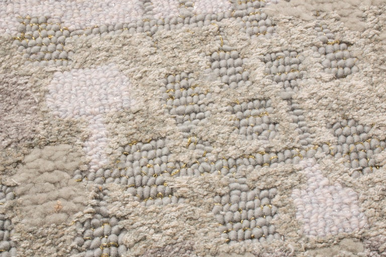 Contemporary Kaleidoscope Gray and Beige Wool Rug For Sale 2