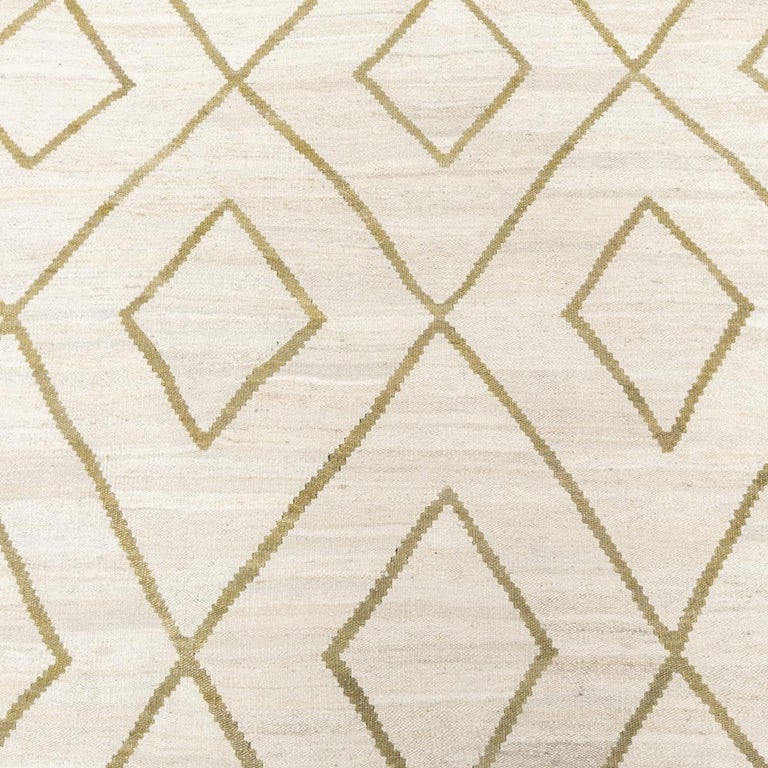 Contemporary Kilim, Bereber Design over Wool with Rhombus Symmetries For Sale 6