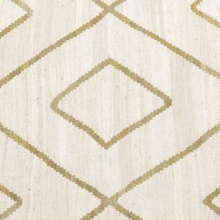 Contemporary Kilim, Bereber Design over Wool with Rhombus Symmetries For Sale 7