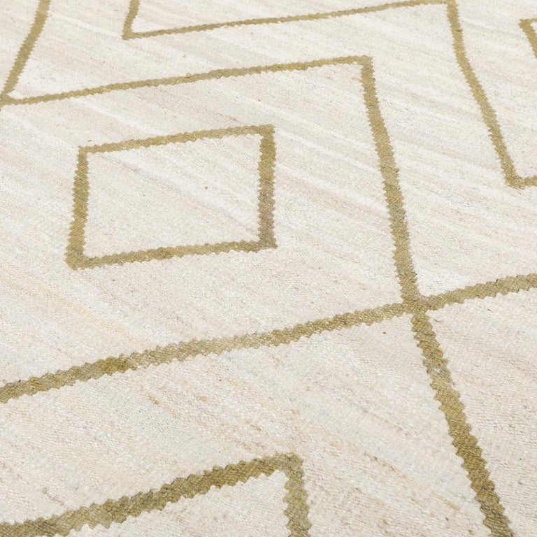 Contemporary Kilim, Bereber Design over Wool with Rhombus Symmetries For Sale 4