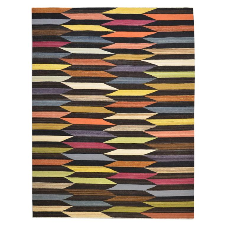 Contemporary Kilim, Multi-Color Design. 2,70 x 1,90 m