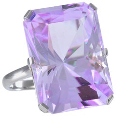 Contemporary Kunzite Ring of 38.7 Carat in Fine Handcrafted Platinum Mount