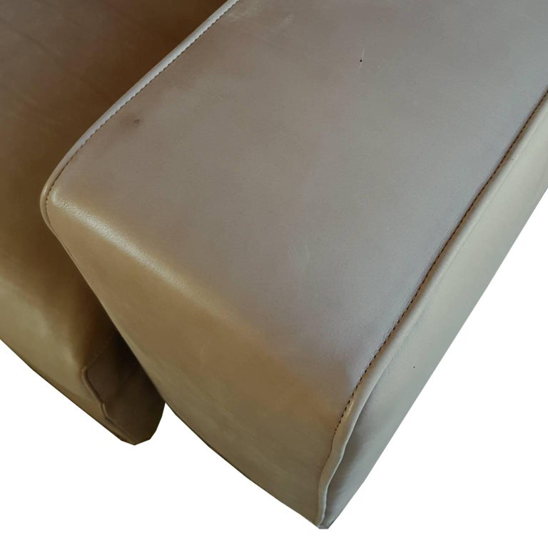 Italian Contemporary Natural Leather Large Molteni Sofa with Double Dept For Sale 5
