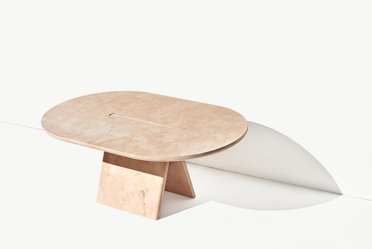 Lásta is a collection of coffee tables made of pink marble stone, typical from the area around Verona, in north of Italy. The pink stones had been used for centuries in the mountains north of Verona. The peculiarity of the material is that is