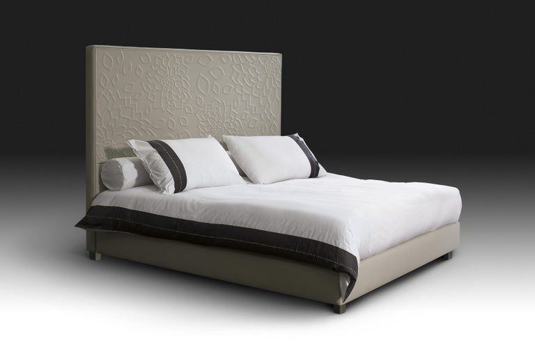 Contemporary Leather Bed, Handmade in Italy, Customizable For Sale 1
