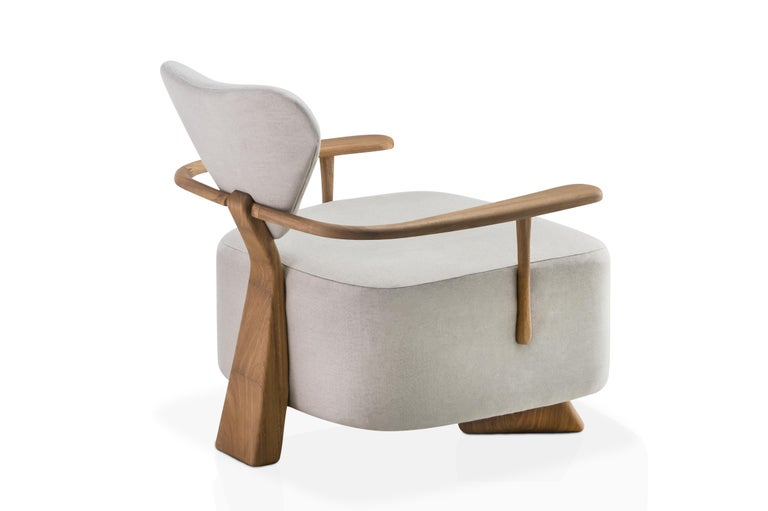 Contemporary Lounge Chair in Solid Brazilian Walnut Wood by Juliana Vasconcellos In New Condition For Sale In Belo Horizonte, Minas Gerais