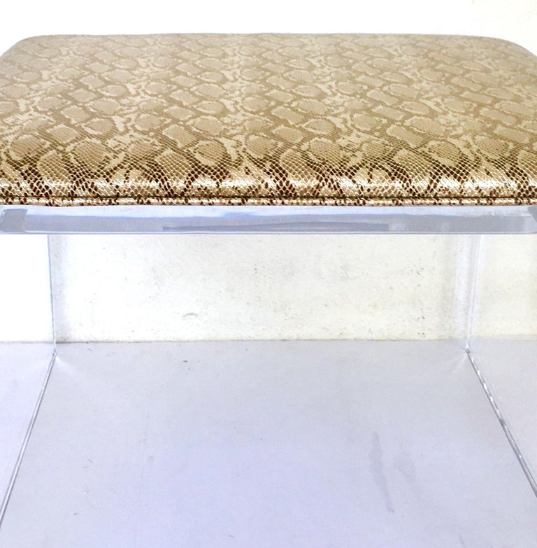 Contemporary Lucite Upholstered Bench & Table In Good Condition For Sale In West Palm Beach, FL