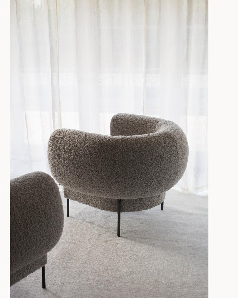 Mid-Century Modern Contemporary Madda Lounge Chair in Boucle For Sale