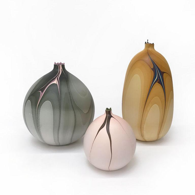 Contemporary Marbled Thames Vase in Peach by Elyse Graham In New Condition For Sale In Los Angeles, CA