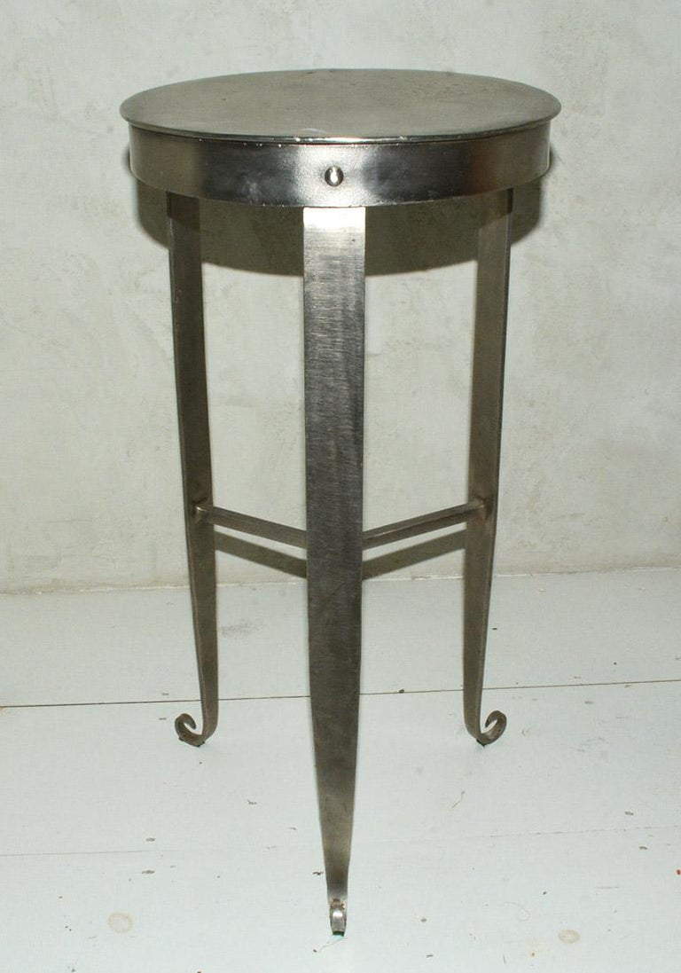 Modern Contemporary Metal Side Table/Plant Stand For Sale