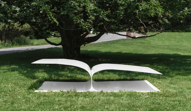 Contemporary Minimal Style Bird Bed Outdoor Daybed in Recycled Metal For Sale 2