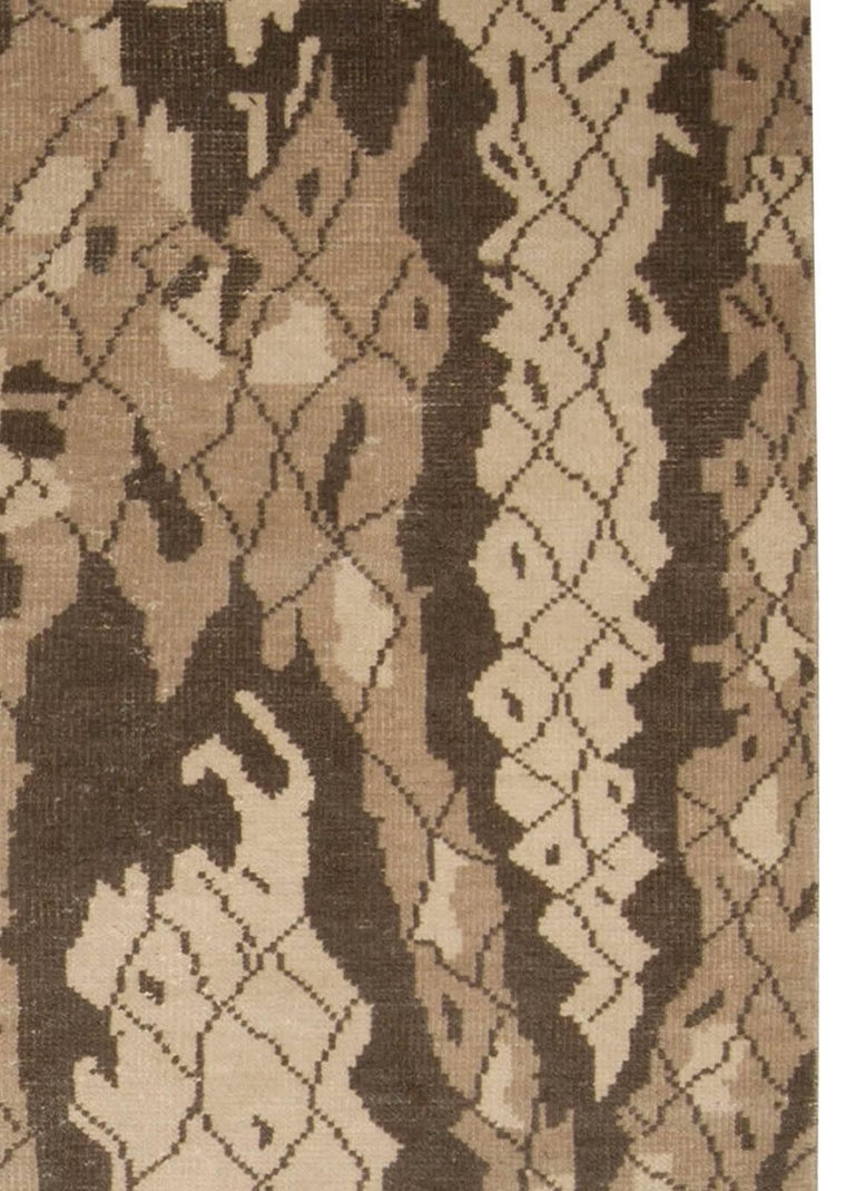Contemporary Miraje Design Brown Hand Knotted Wool Rug In New Condition For Sale In New York, NY