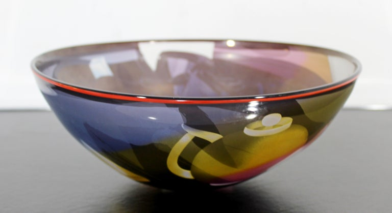 For your consideration is a gorgeous, textured glass art bowl or centerpiece, signed by Ann Warff/Wolff. In excellent condition. The dimensions are 12.5