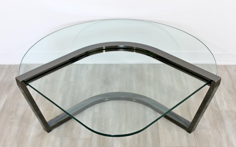 Contemporary Modern Brueton Cantilevered Glass and Gunmetal Coffee Table, 1980s For Sale 1