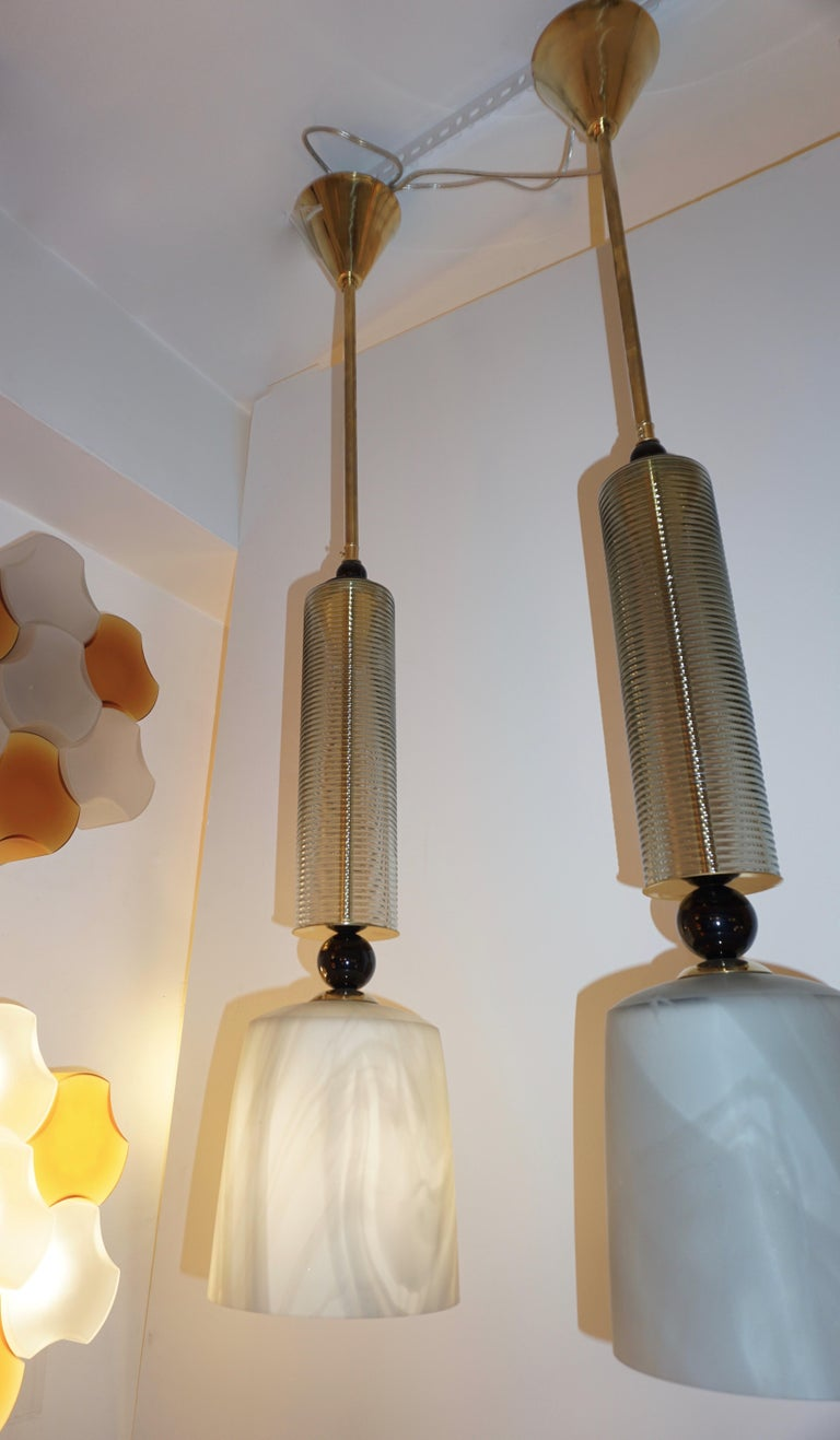 Contemporary Modern Crystal Black and Alabaster Murano Glass Brass Pendant Light For Sale 5