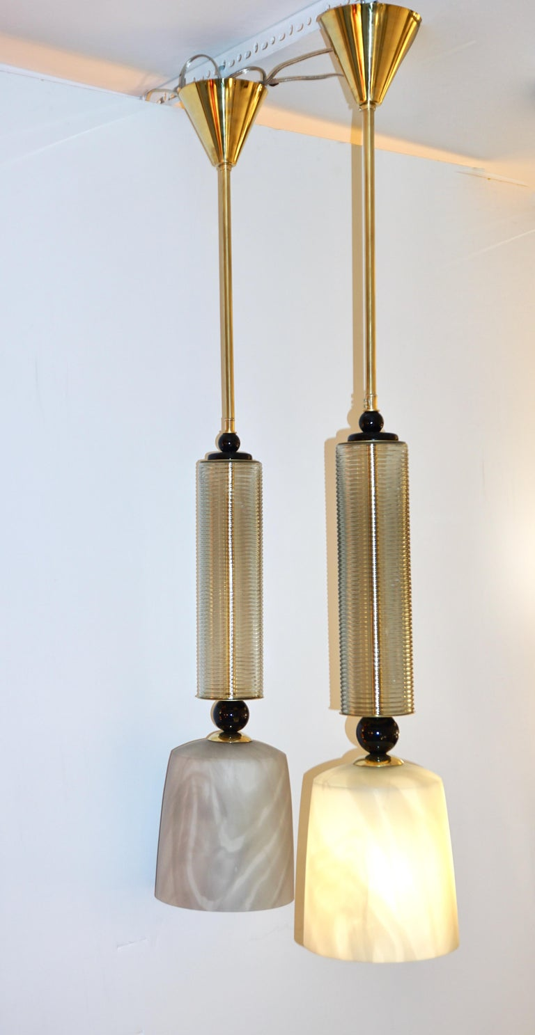 Contemporary Modern Crystal Black and Alabaster Murano Glass Brass Pendant Light For Sale 1