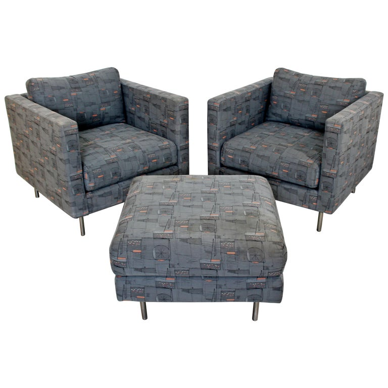 Contemporary Modern Custom Pair of Cube Club Lounge Armchairs and Ottoman, 1980s For Sale