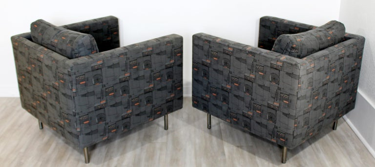 Contemporary Modern Custom Pair of Cube Club Lounge Armchairs and Ottoman, 1980s For Sale 4