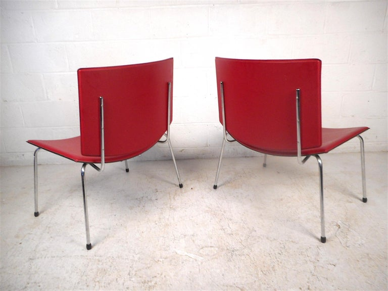 Contemporary Modern Italian Chairs, a Pair In Good Condition For Sale In Brooklyn, NY