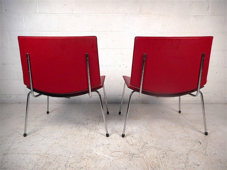 20th Century Contemporary Modern Italian Chairs, a Pair For Sale