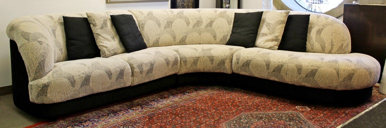 For your consideration is a fabulous, three-piece, curved sofa sectional, circa 1980s. In excellent condition. The dimensions are 57