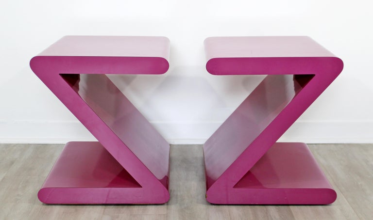 Contemporary Modern Pair of Acrylic Z-Shaped Side End Tables 1980s Pink For Sale 6