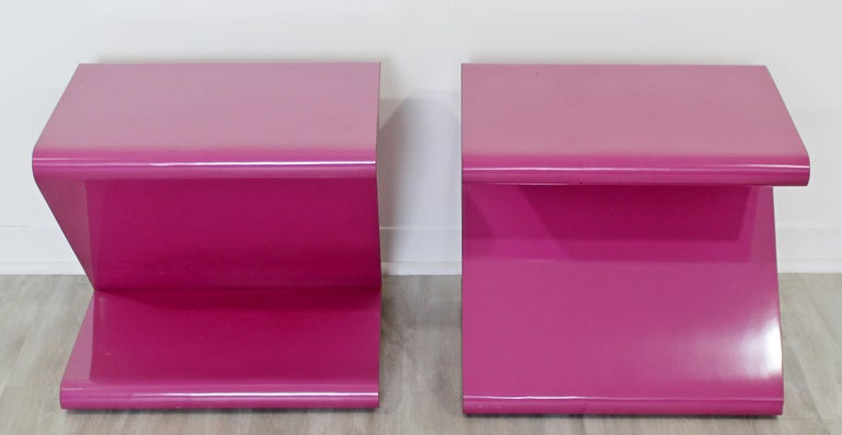 Contemporary Modern Pair of Acrylic Z-Shaped Side End Tables 1980s Pink For Sale 1