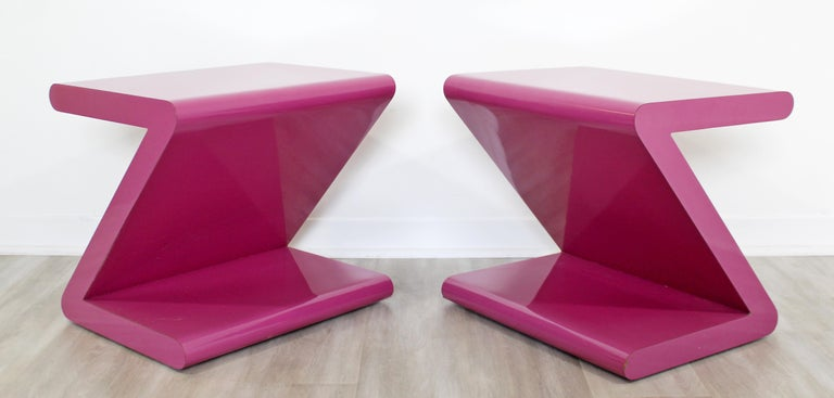 Contemporary Modern Pair of Acrylic Z-Shaped Side End Tables 1980s Pink For Sale 3