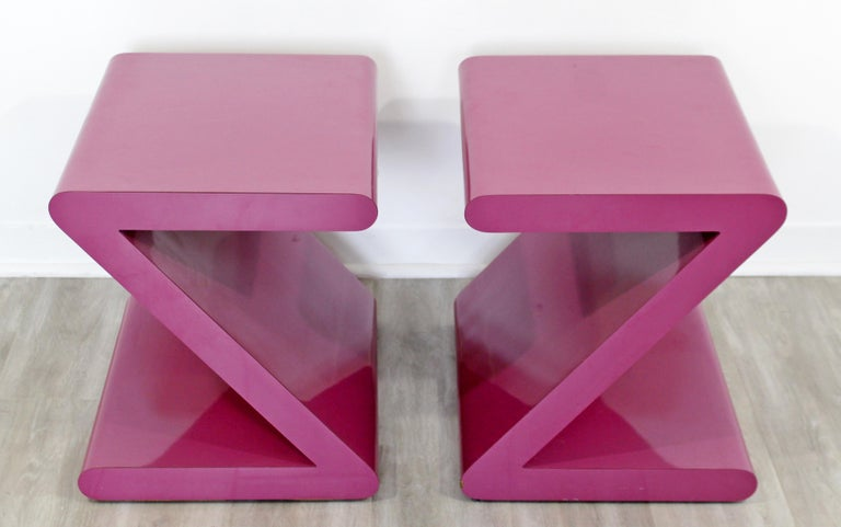 Contemporary Modern Pair of Acrylic Z-Shaped Side End Tables 1980s Pink For Sale 5