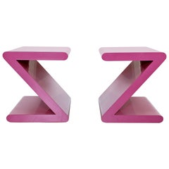 Contemporary Modern Pair of Acrylic Z-Shaped Side End Tables 1980s Pink