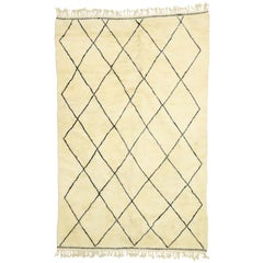 Contemporary Modern Style Beni Ourain Moroccan Rug with Hygge Vibes