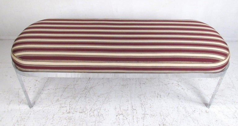 Mid-Century Modern Contemporary Modern Upholstered Bench For Sale