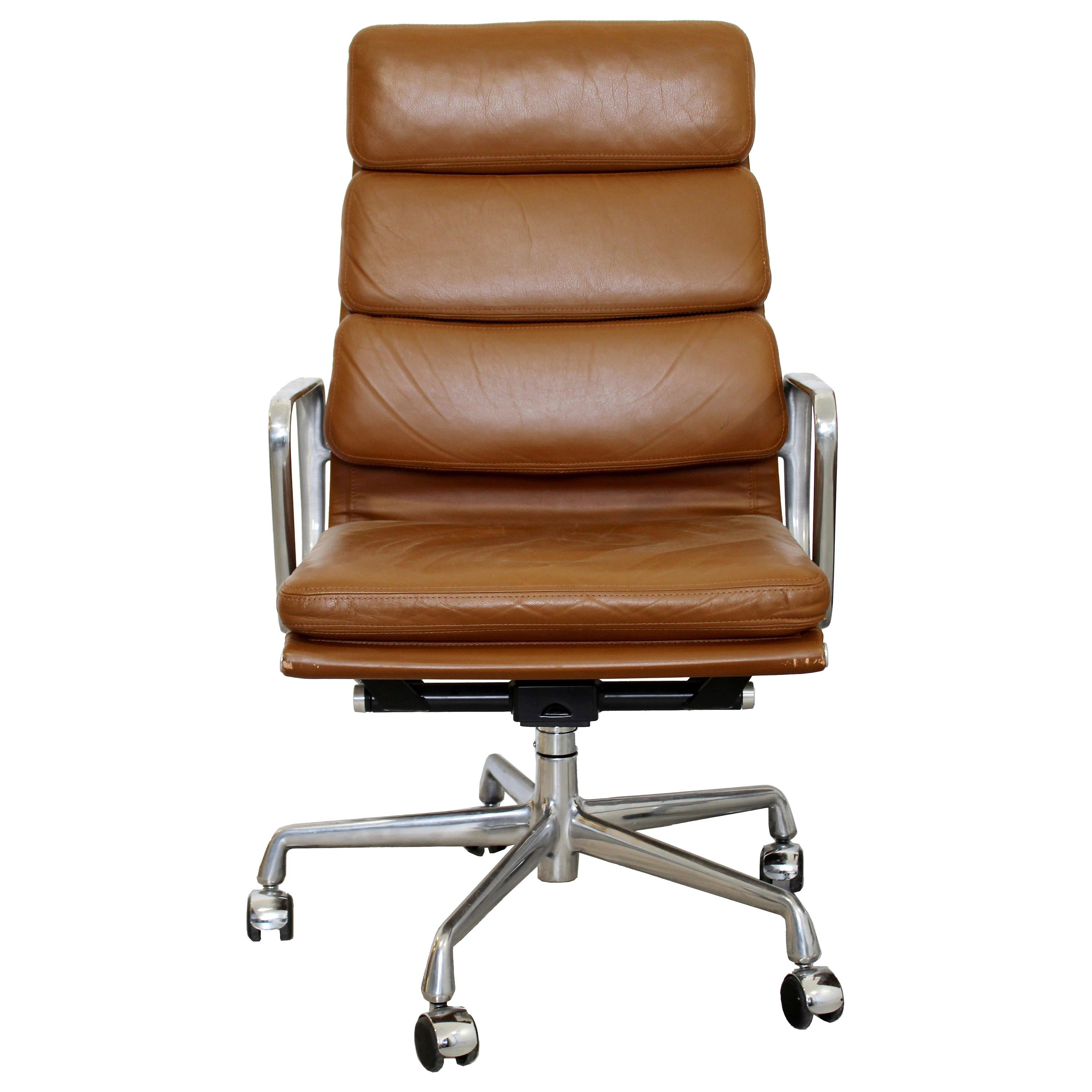 Contemporary Modernist Eames for Herman Miller Rolling Office Chair Leather