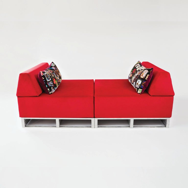 Italian Contemporary Modular Sofa Indoor/Outdoor in Red Fabric on Aluminum Base For Sale