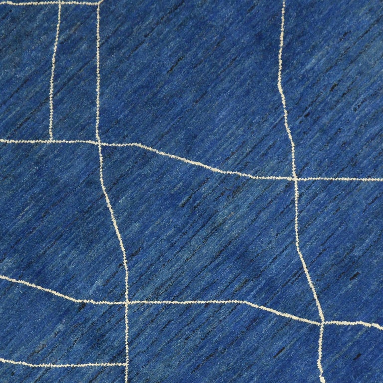 New Contemporary Blue Moroccan Style Rug with Abstract Expressionist Style In New Condition For Sale In Dallas, TX