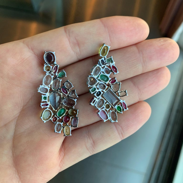 Contemporary Multi-Color Gemstone Drop Earrings in White Gold In New Condition For Sale In Porto, PT