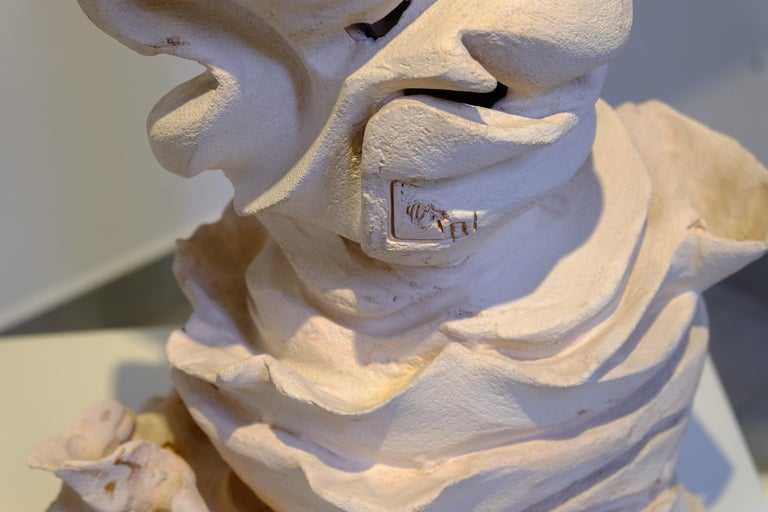 Contemporary Off-White Clay Sculpture In New Condition For Sale In Milan, IT
