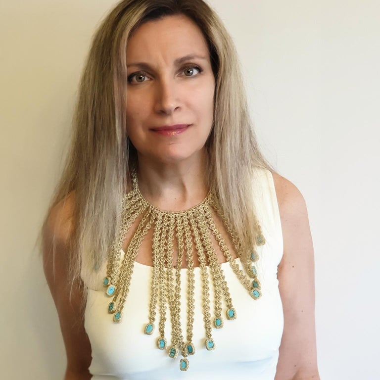 Gold Color Thread Turquoise Contemporary Hipster Art Fashion Jewelry Necklace In New Condition For Sale In Kfar Saba, IL