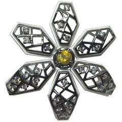 Contemporary One of a Kind Yellow and White Diamond 18 Karat White Gold Earring