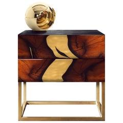 Zeitgenössischer Oxara Nachttisch mit Intarsie, Gold, Kupfer, Messing