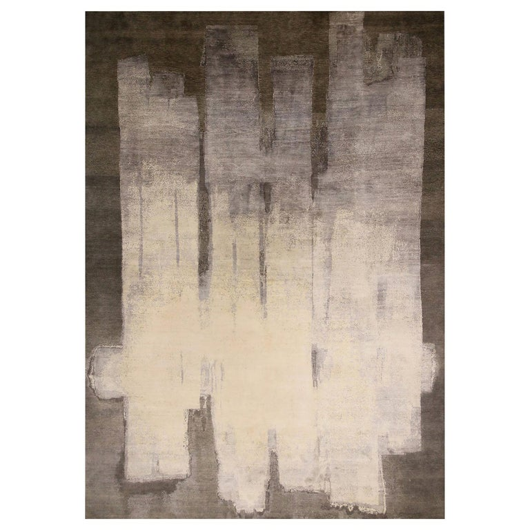 Contemporary Paint Strokes White and Gray Wool and Silk Rug For Sale