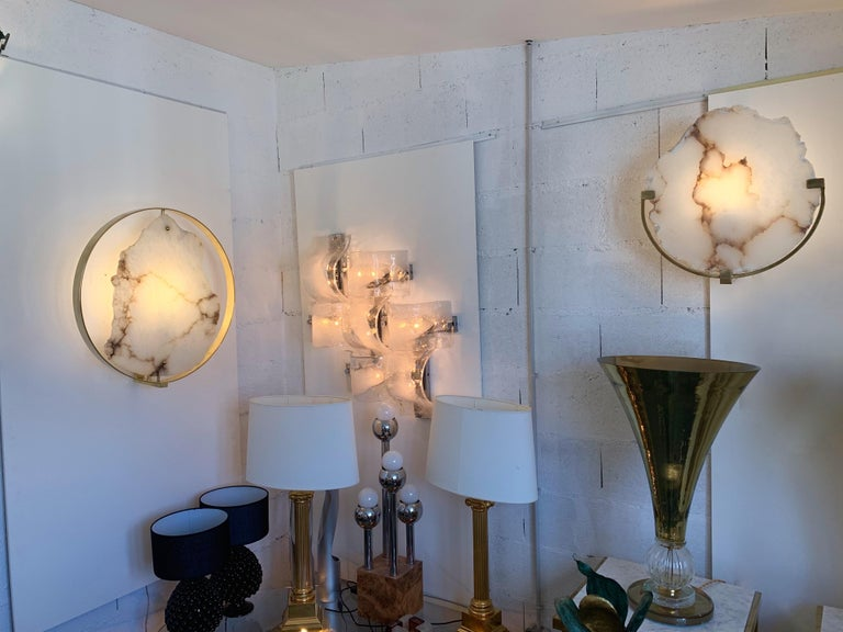 Contemporary Pair of Alabaster Circle Brass Sconces, Italy For Sale 8
