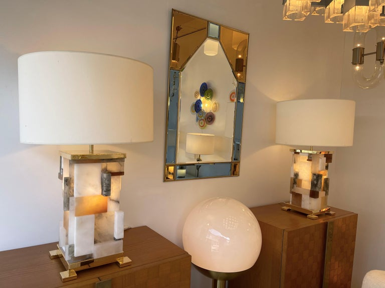 Contemporary Pair of Alabaster Gilt Metal Cubismi Lamps by Cagianelli, Italy For Sale 8