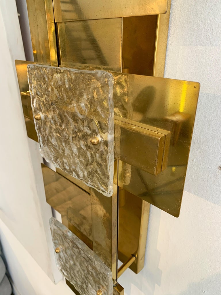 Contemporary Pair of Brass Sconces Geometrical Murano Glass, Italy For Sale 3