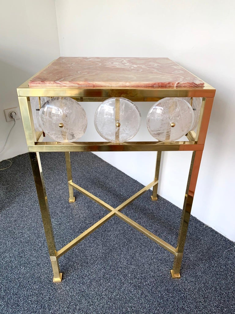 Contemporary Pair of Brass Side Table Rock Cristal Onix, Italy For Sale 2