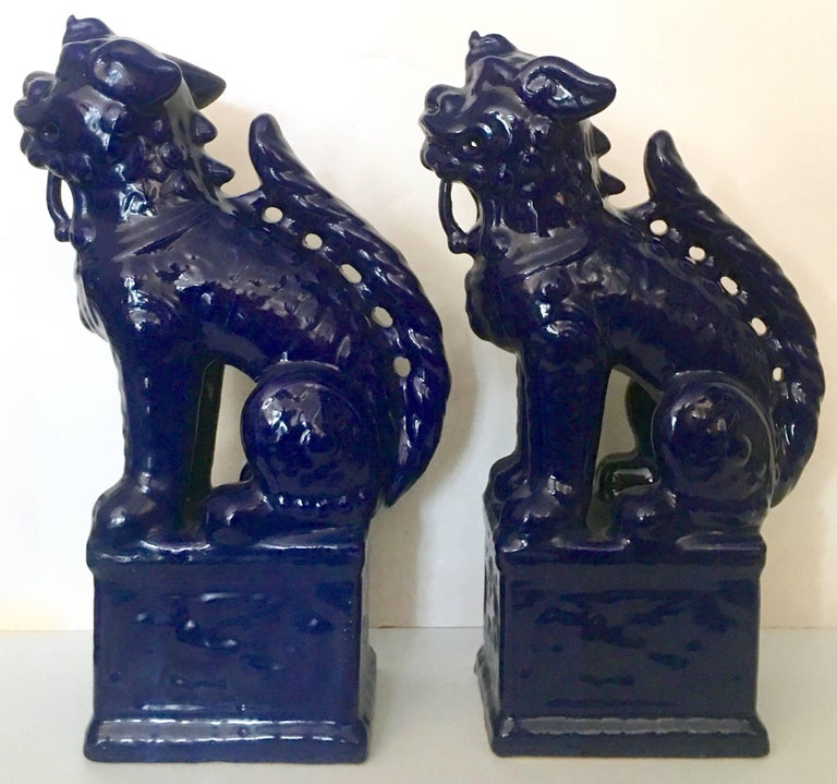 Contemporary Pair Of Chinese Ceramic Glaze Cobalt Foo Dog Sculptures In Excellent Condition For Sale In West Palm Beach, FL