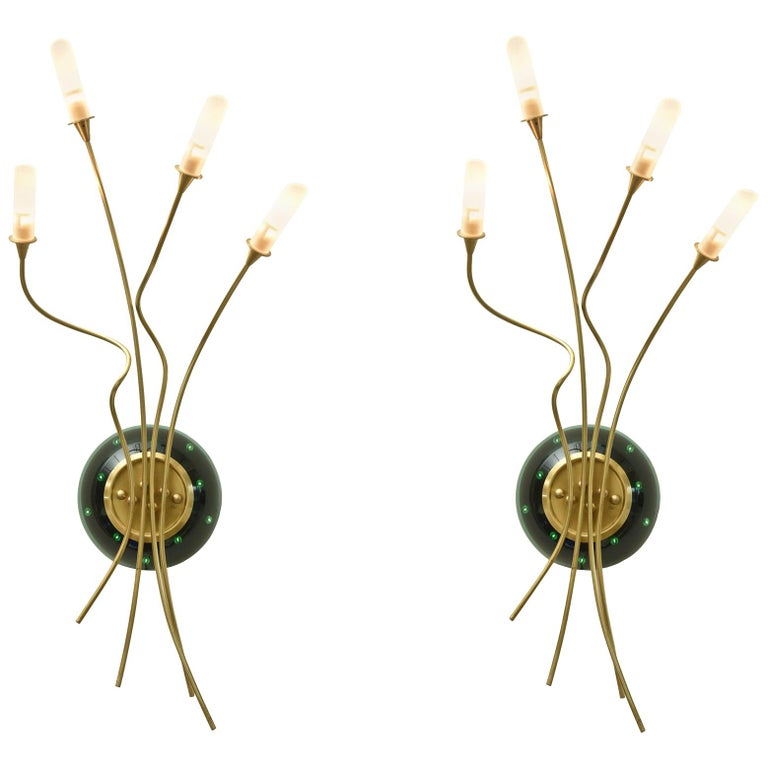 Contemporary Pair of Sculptural Murano Glass Infinity and Brass Sconces For Sale